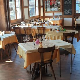 galerie-photos-cafe-restaurant-le-postillon-noes-sierre